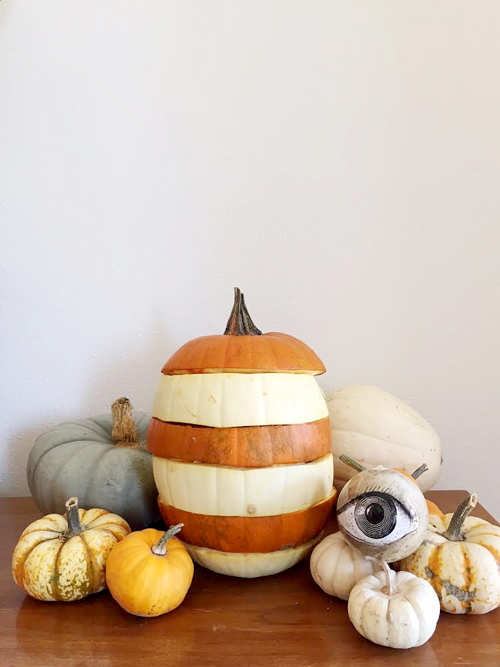 Make a horizontal striped pumpkin.