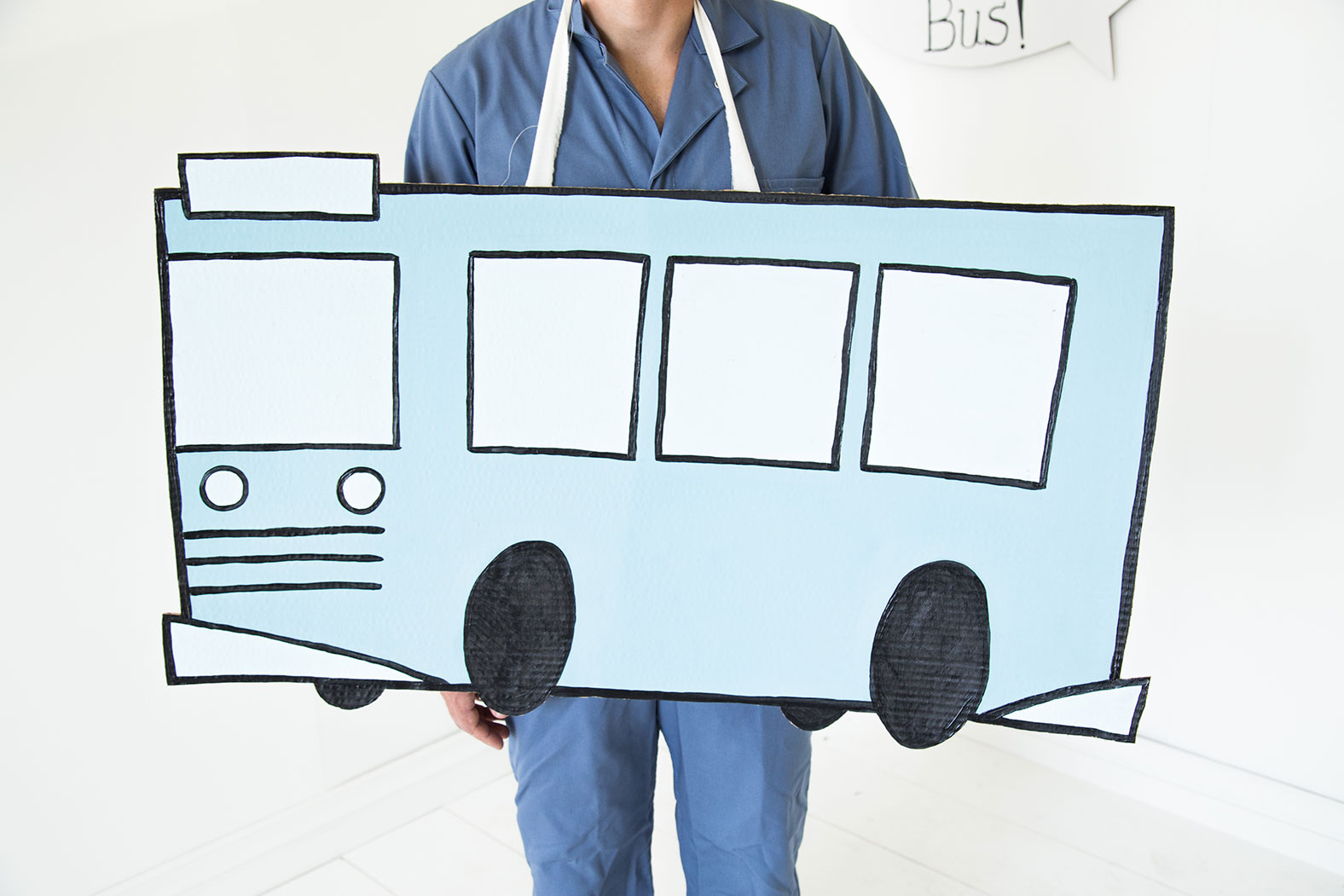 bus-costume-blue-book