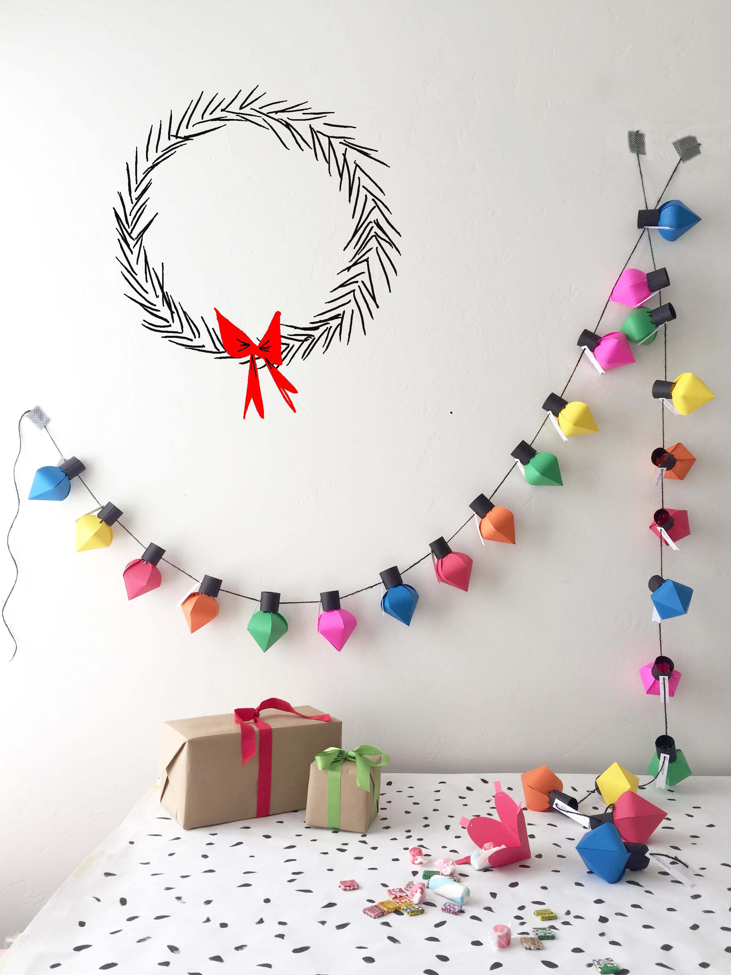 Diy christmas bulb advent calendar for Diy christmas advent calendar ideas