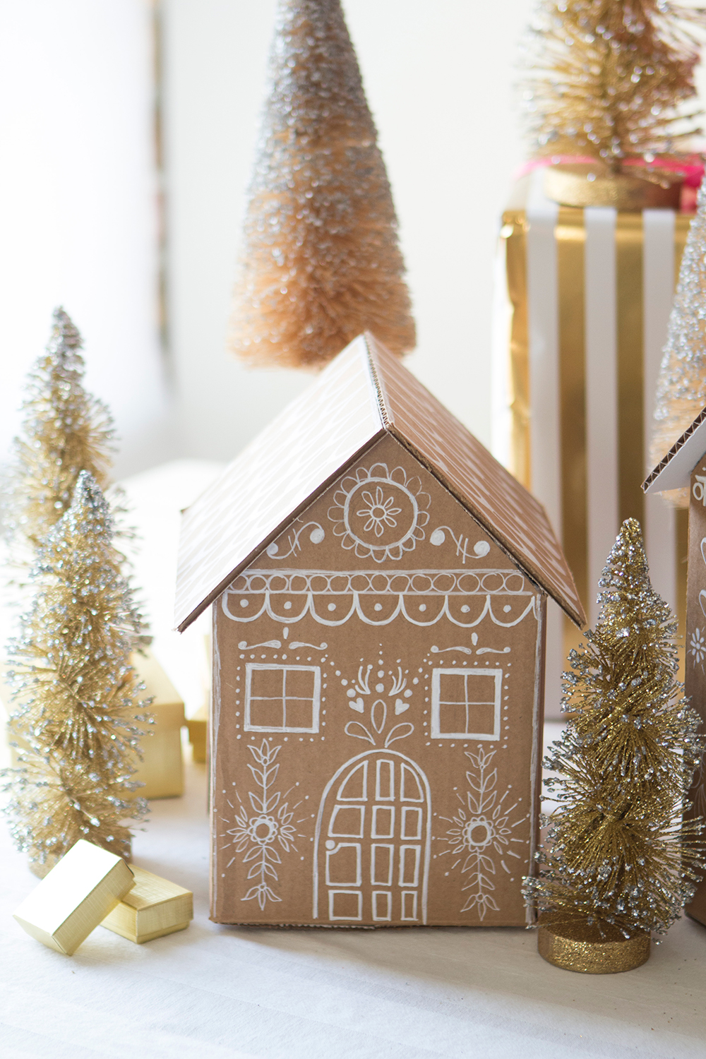 Gingerbread house gift box tutorial