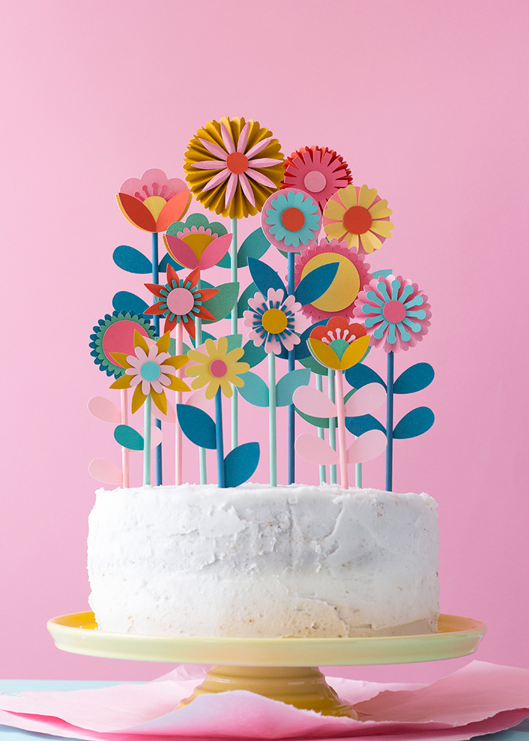 Cake Decorating Flower Templates : Mother s day floral cake topper - The House That Lars Built