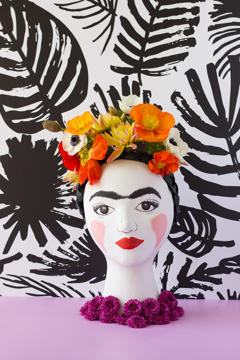 DIY Frida Kahlo head vase