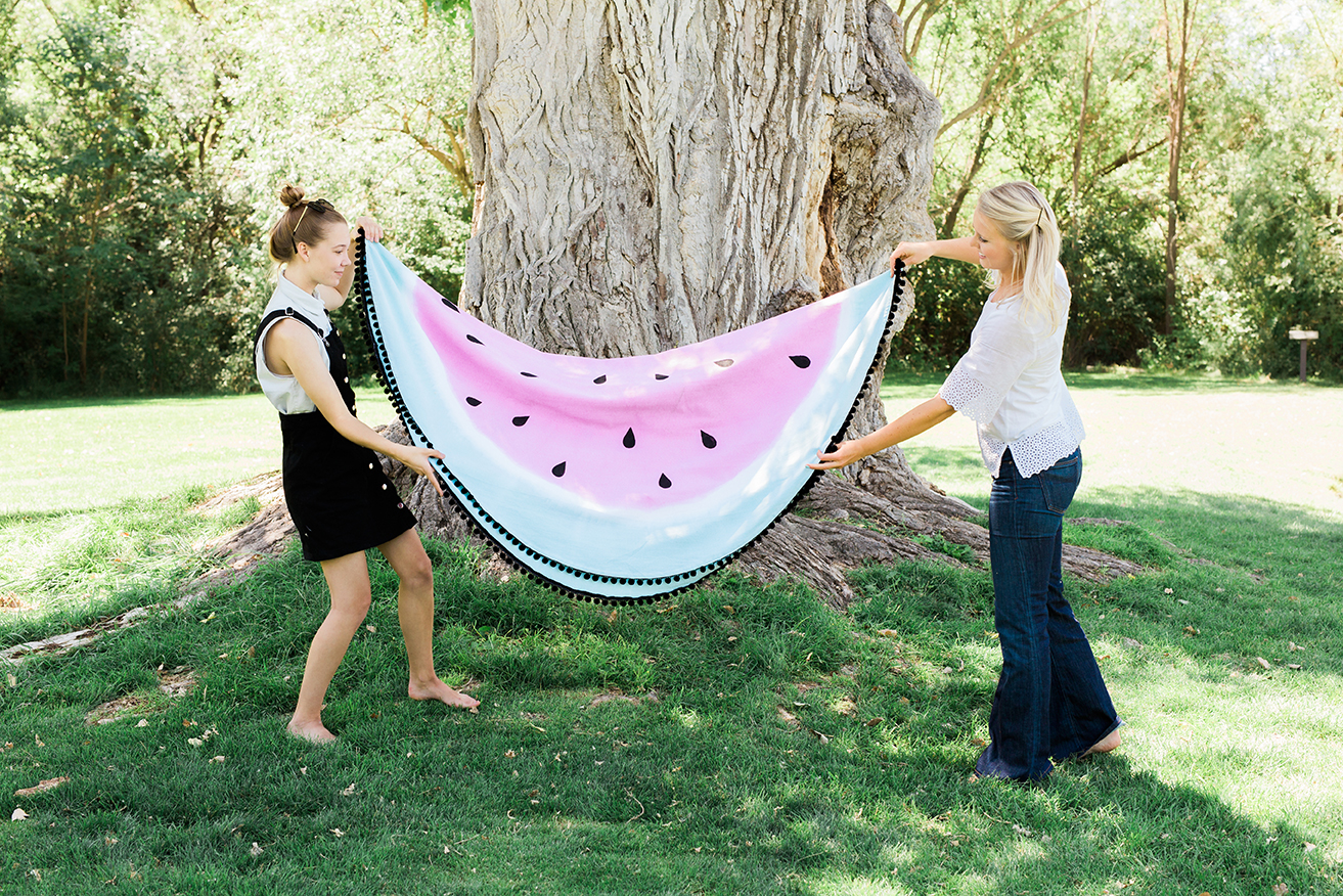watermelon-picnic-blanket-3