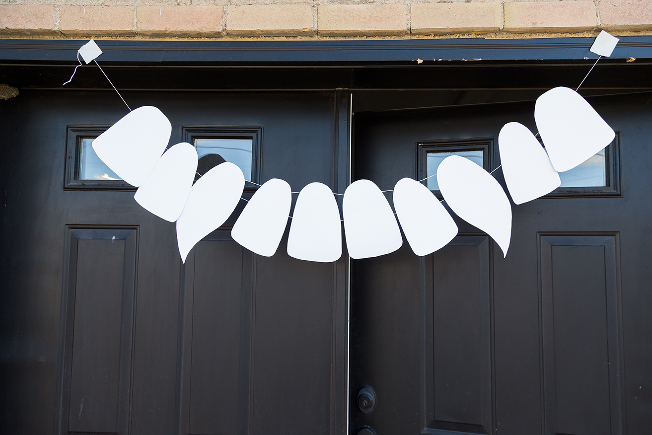 DIY vampire teeth garland