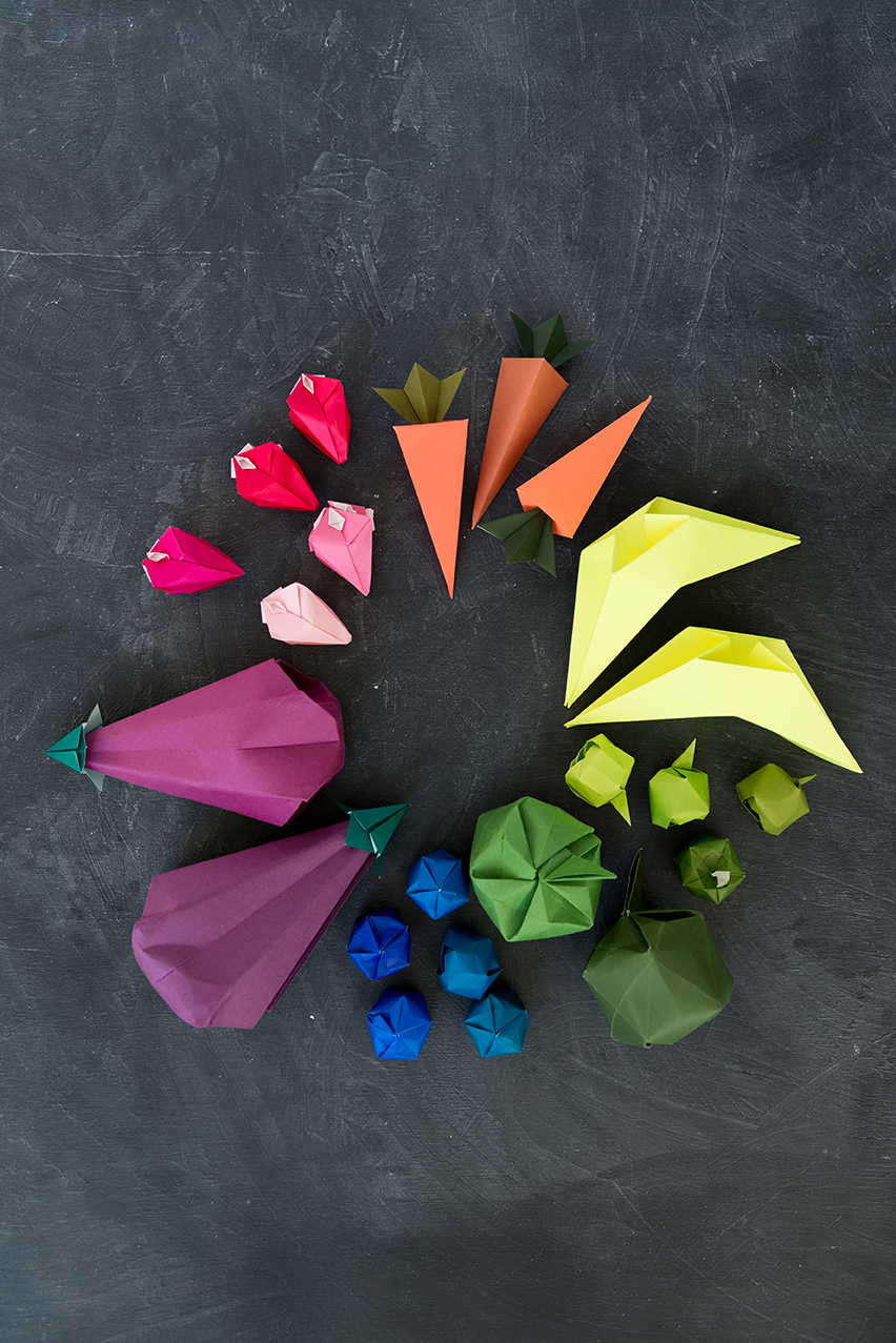 origami-fruits-color-wheel