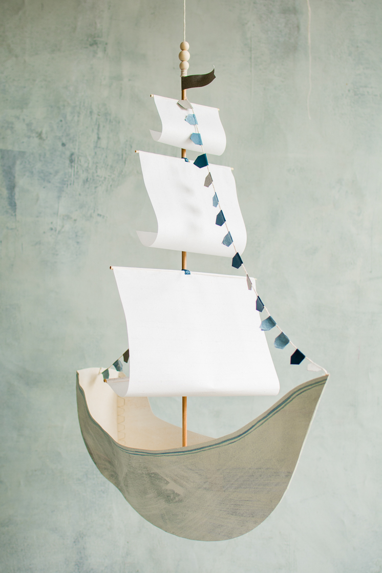 DIY paper ship with free templates