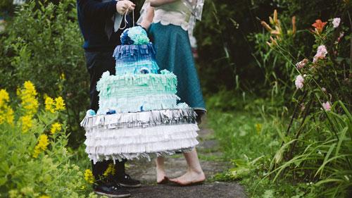 How to make an ombre wedding cake pinata