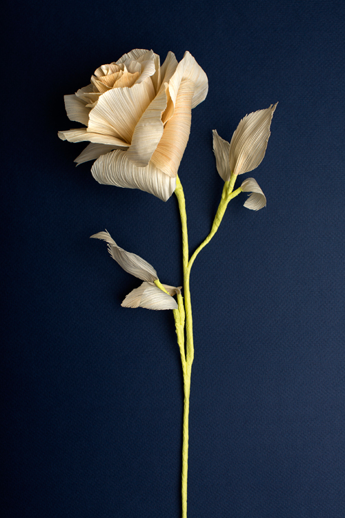 corn husk rose flower