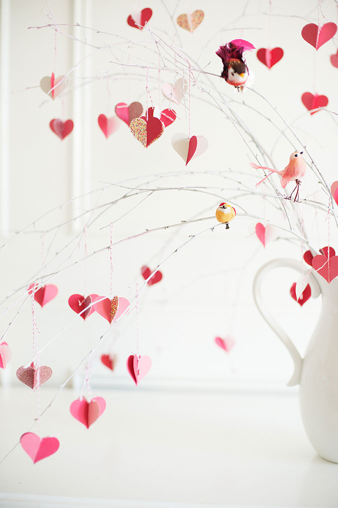 valentine's-Day-branch-tree-677-BIRDS-OF-A-FEATHER