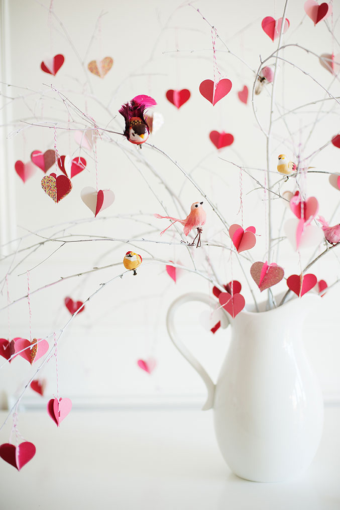 valentine's-Day-branch-tree-677-birds