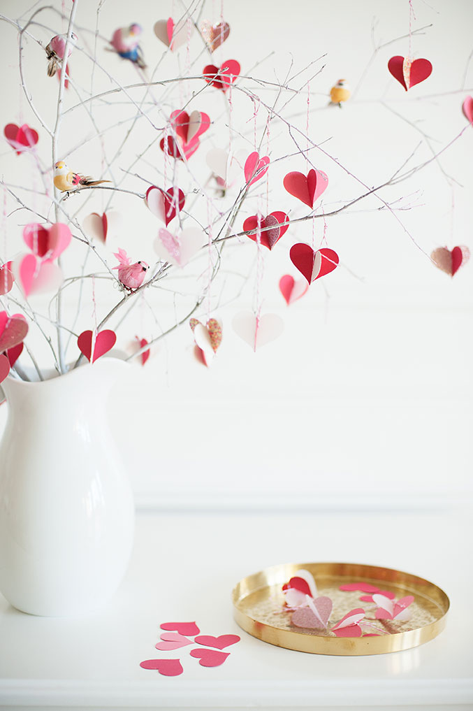 valentine's-Day-branch-tree-677-close
