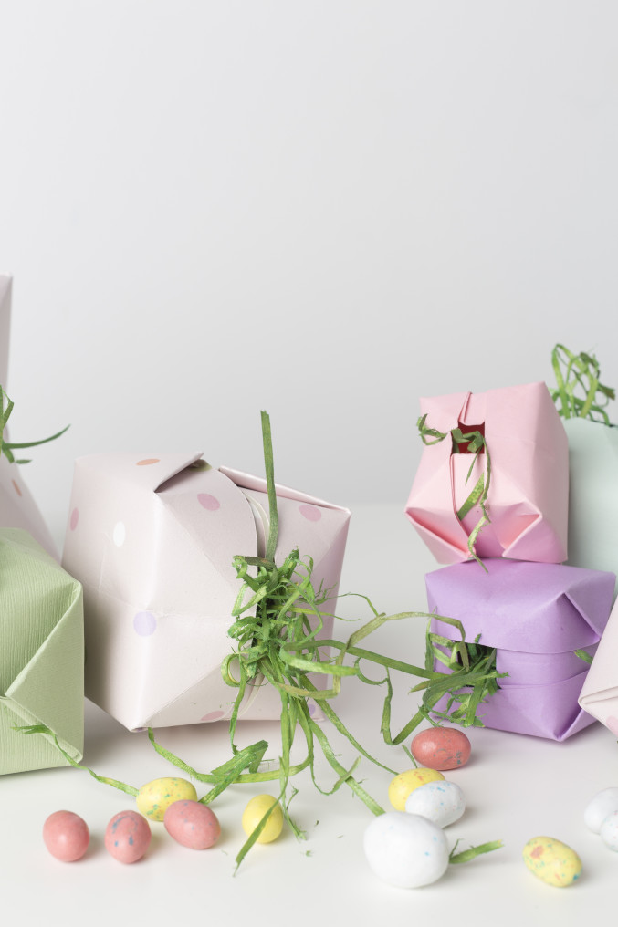 DIY origami surprise box for Easter