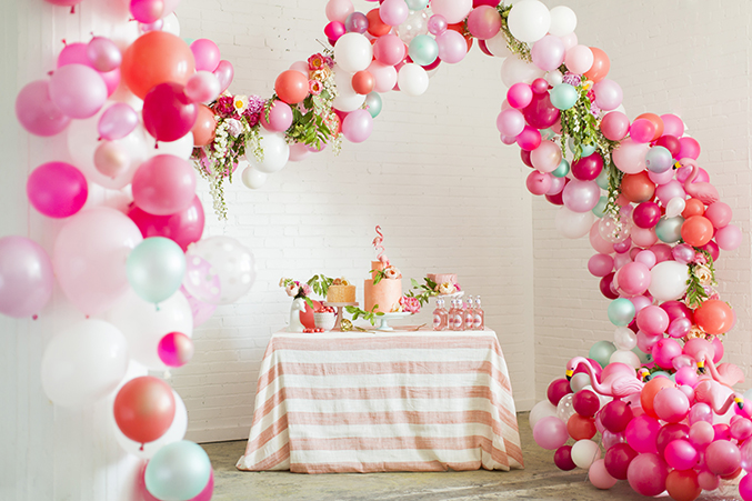 beautiful balloon arch