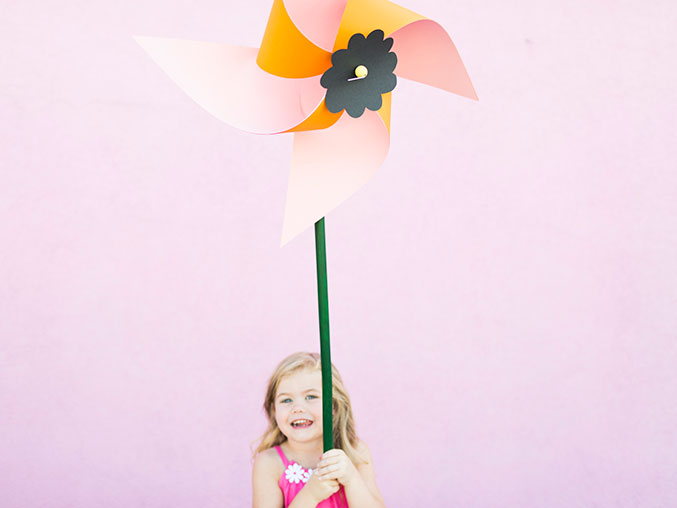 FLOWER PINWHEEL DIY