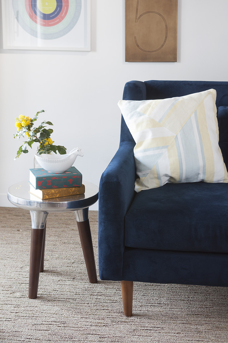 Learn how to make a cool diagonal throw pillow