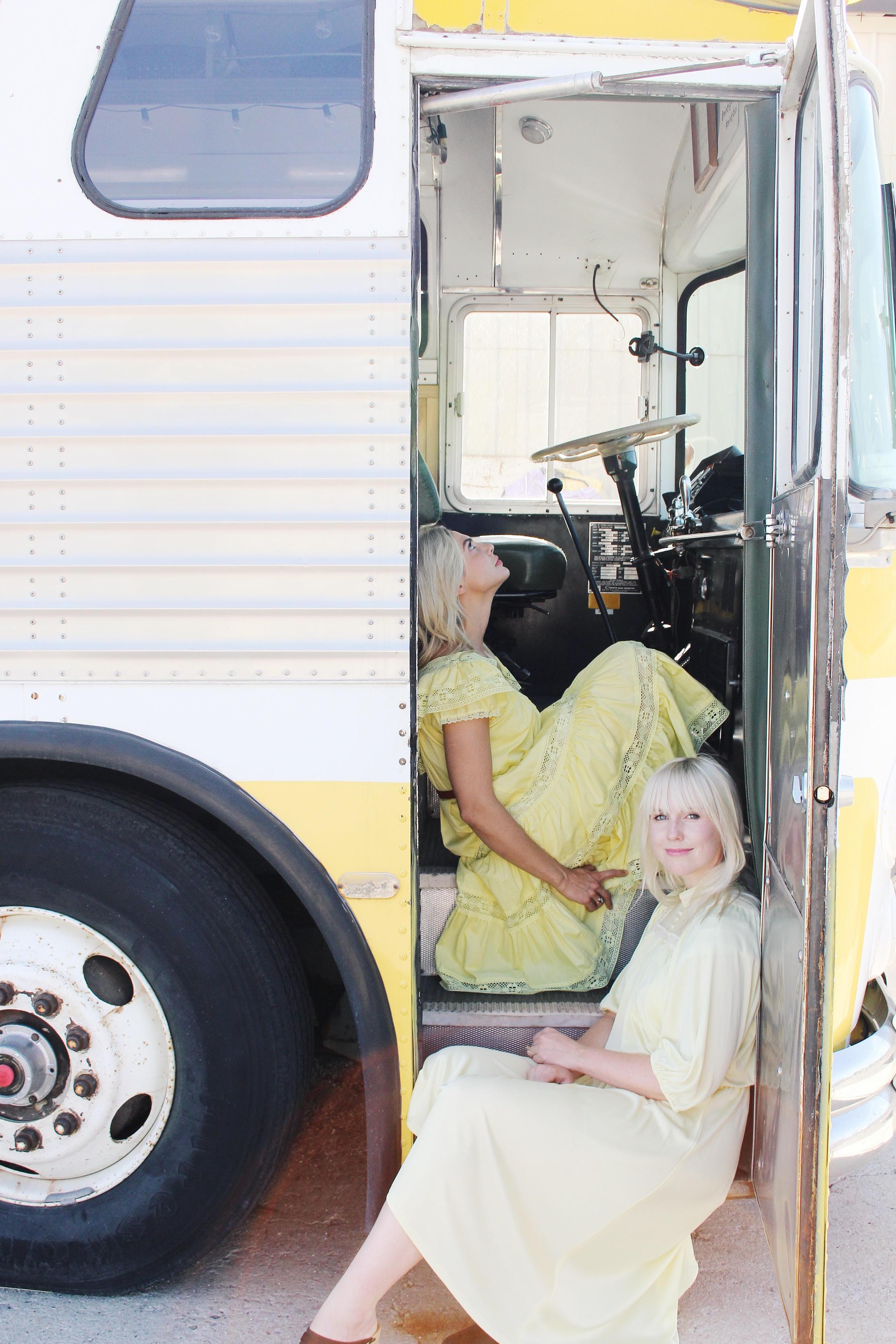 Mindy Gledhill's tour bus