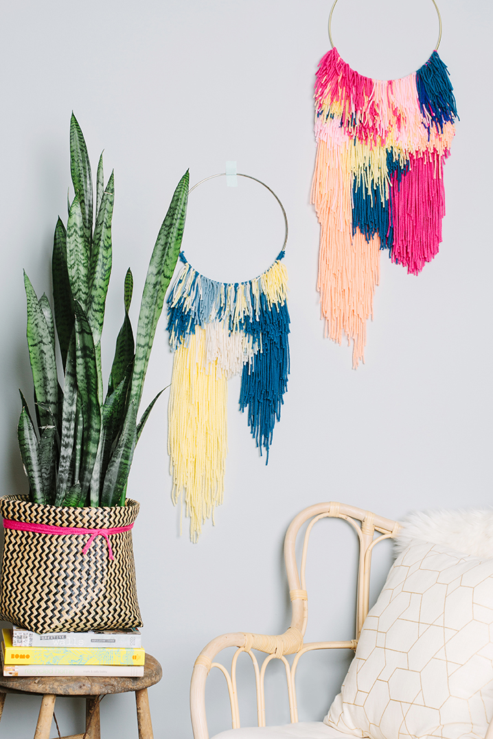 easy wall hanging