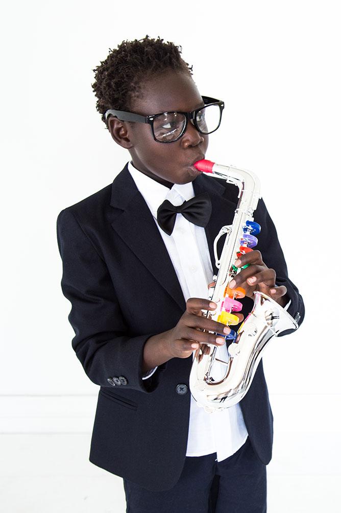 roots-musician-costume-saxaphone