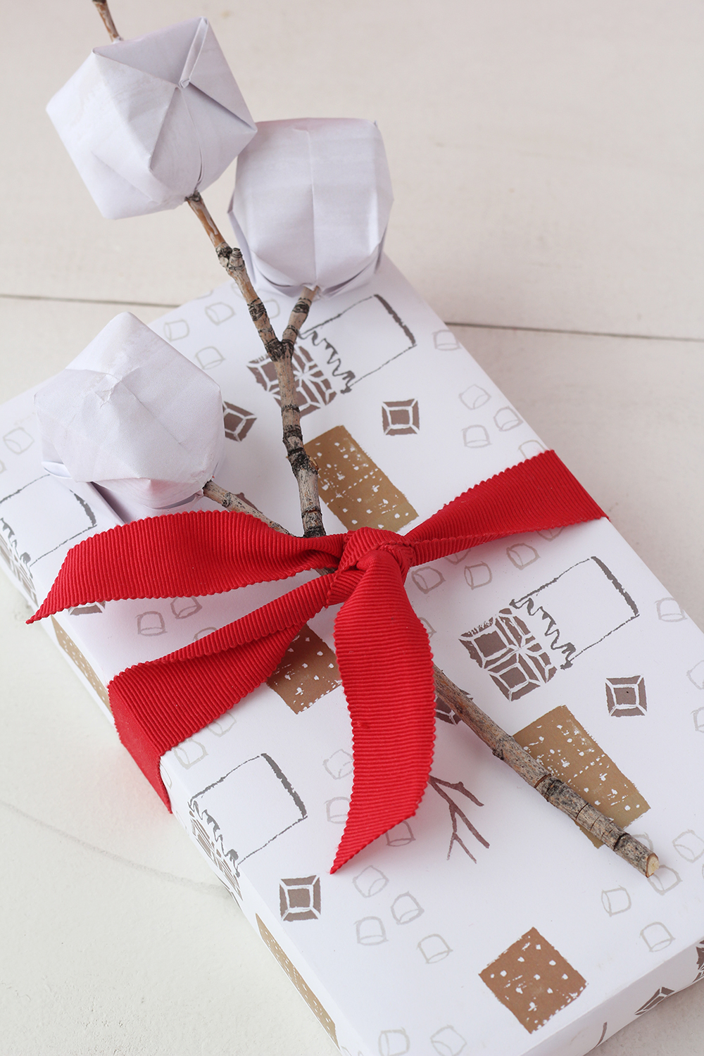 free-printable-wrapping-paper-for-christmas-13