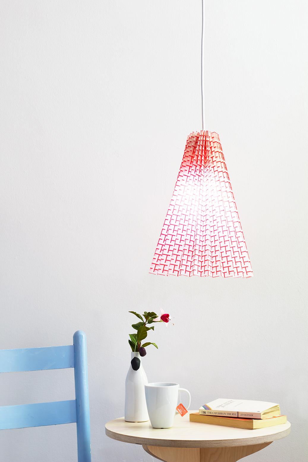 DIY no sew fabric lamp tutorial