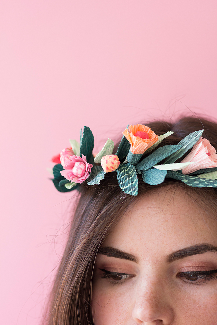 PRETTY-FLOWER-CROWN-2