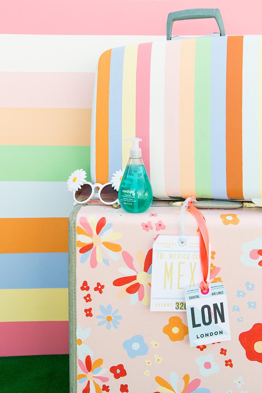 Paint a suitcase