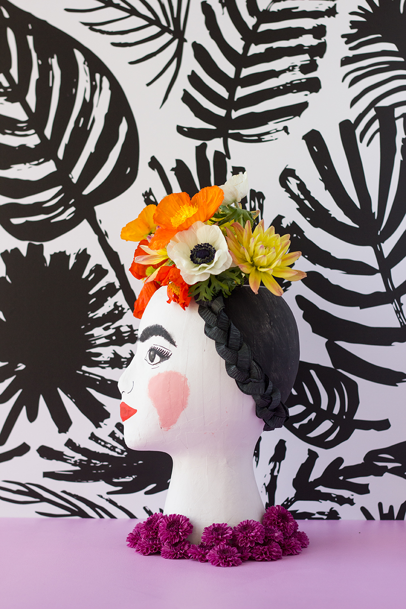 frida-kahlo-head-vase-4