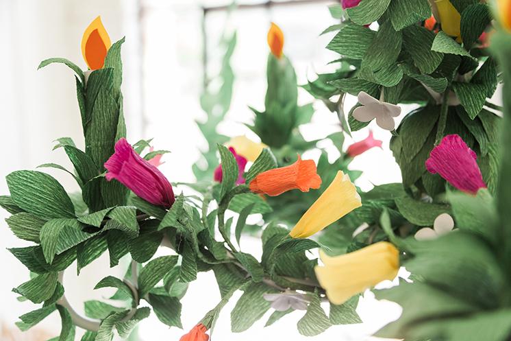 paper-leaf-chandelier