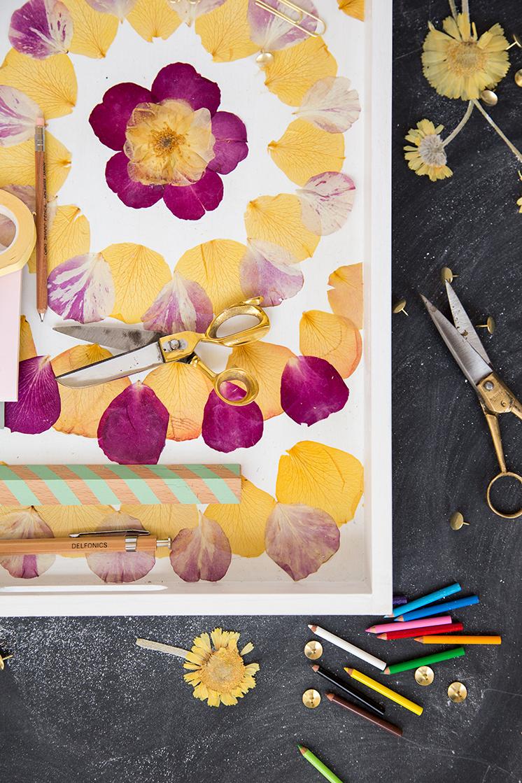 DIY pressed flower tray