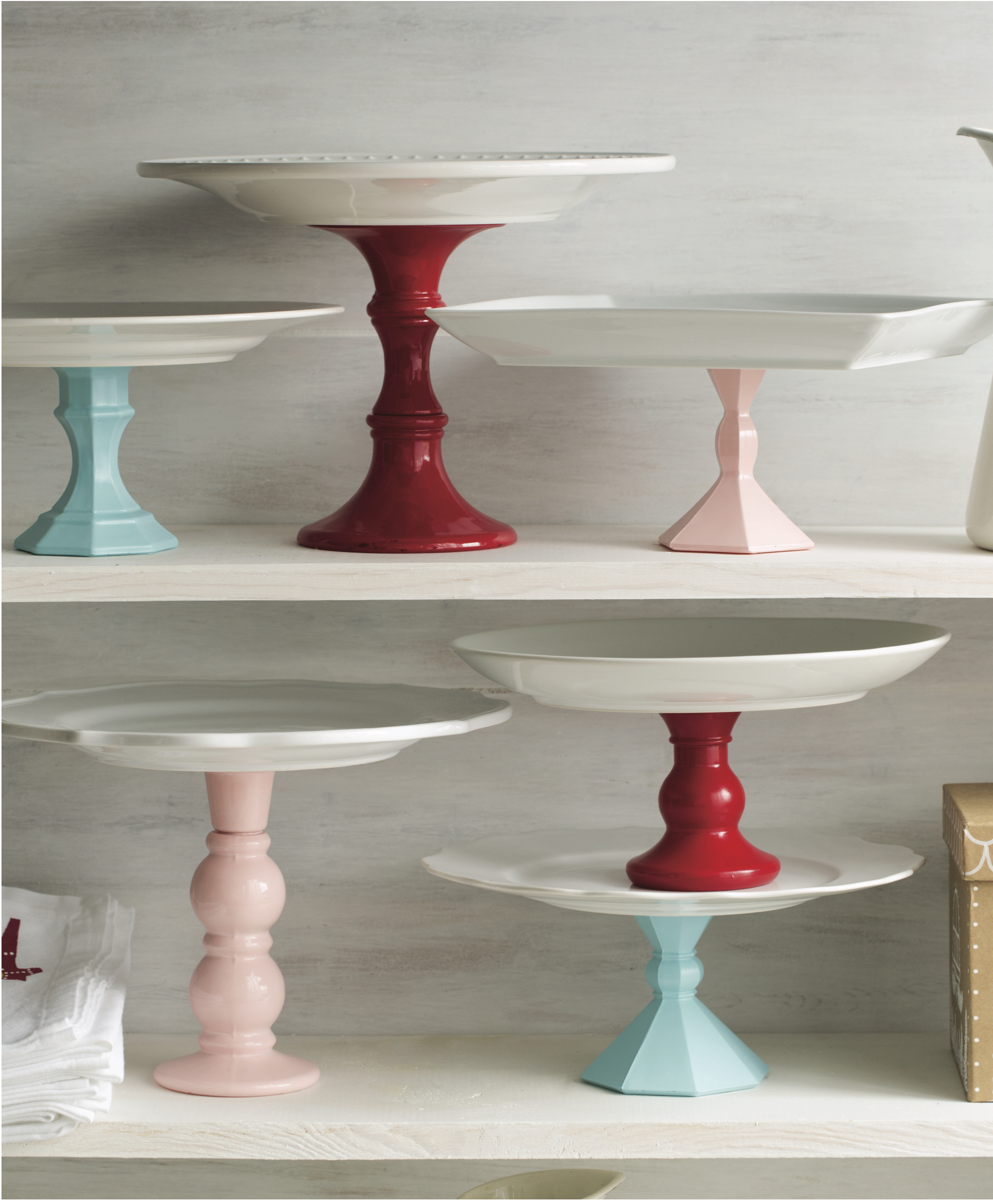 DIY cookie pedestals