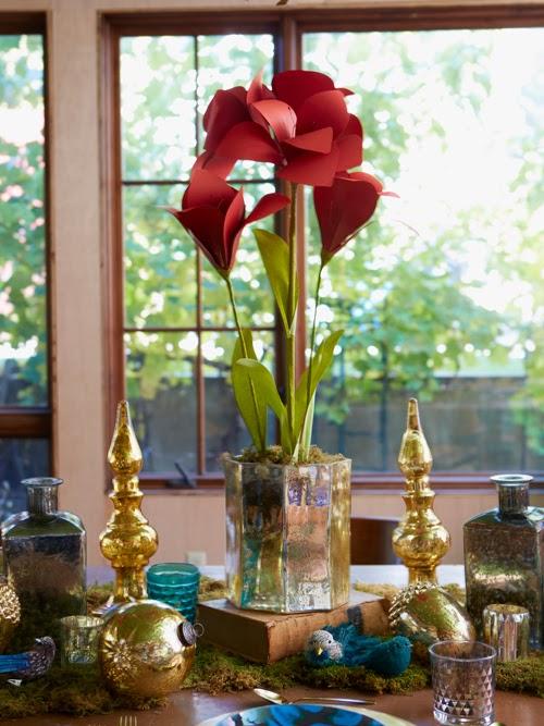 DIY Holiday Paper Amaryllis