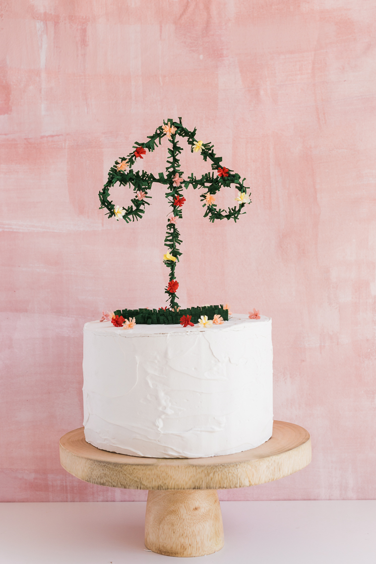 Midsummer Pole cake Topper