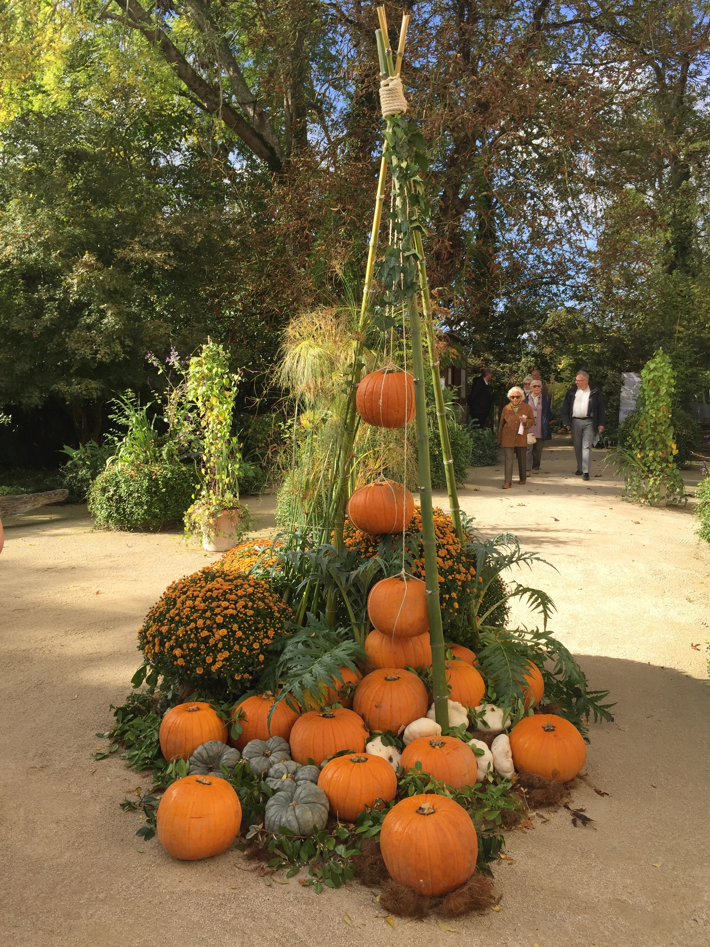 fall decorations at Chateu Chaumont