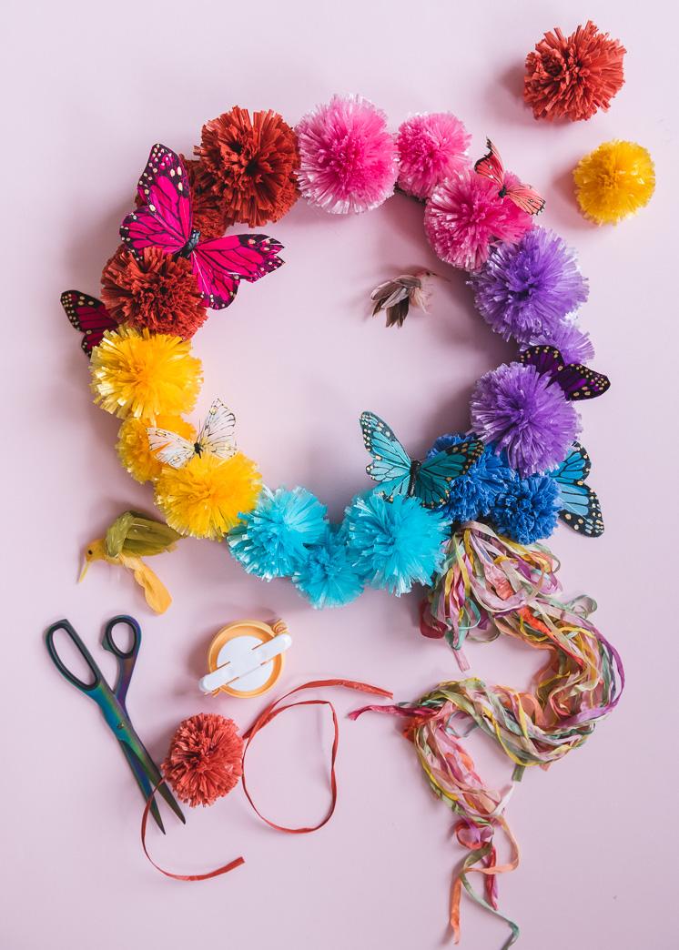 DIY Raffia Pom Pom Wreath