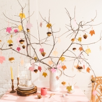 Gratitude Tree with Acorns favors