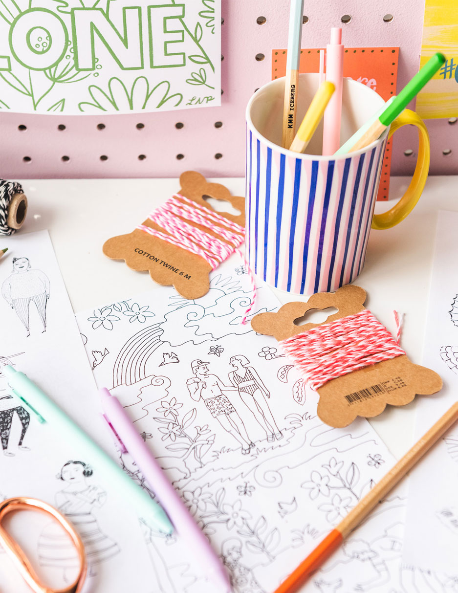 Seasonal Coloring Pages for Kids (free printables) | 1213x937