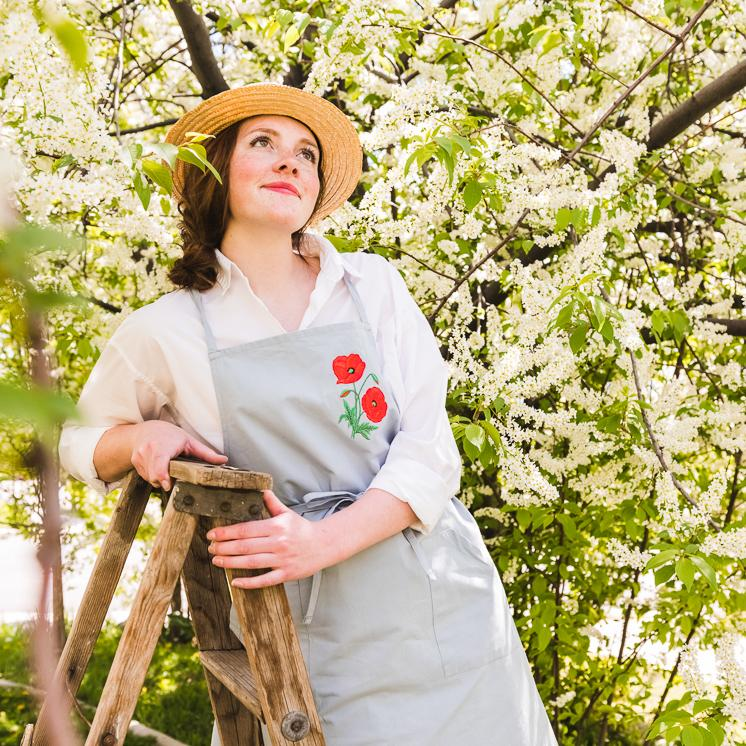 Embroidered apron with a poppy flower for Mother's day gift guide ideas