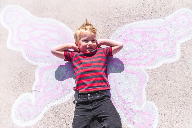 draw butterfly wings on your sidewalk
