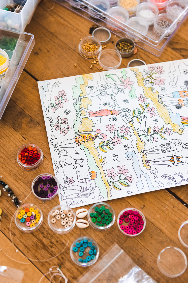 How to display coloring pages