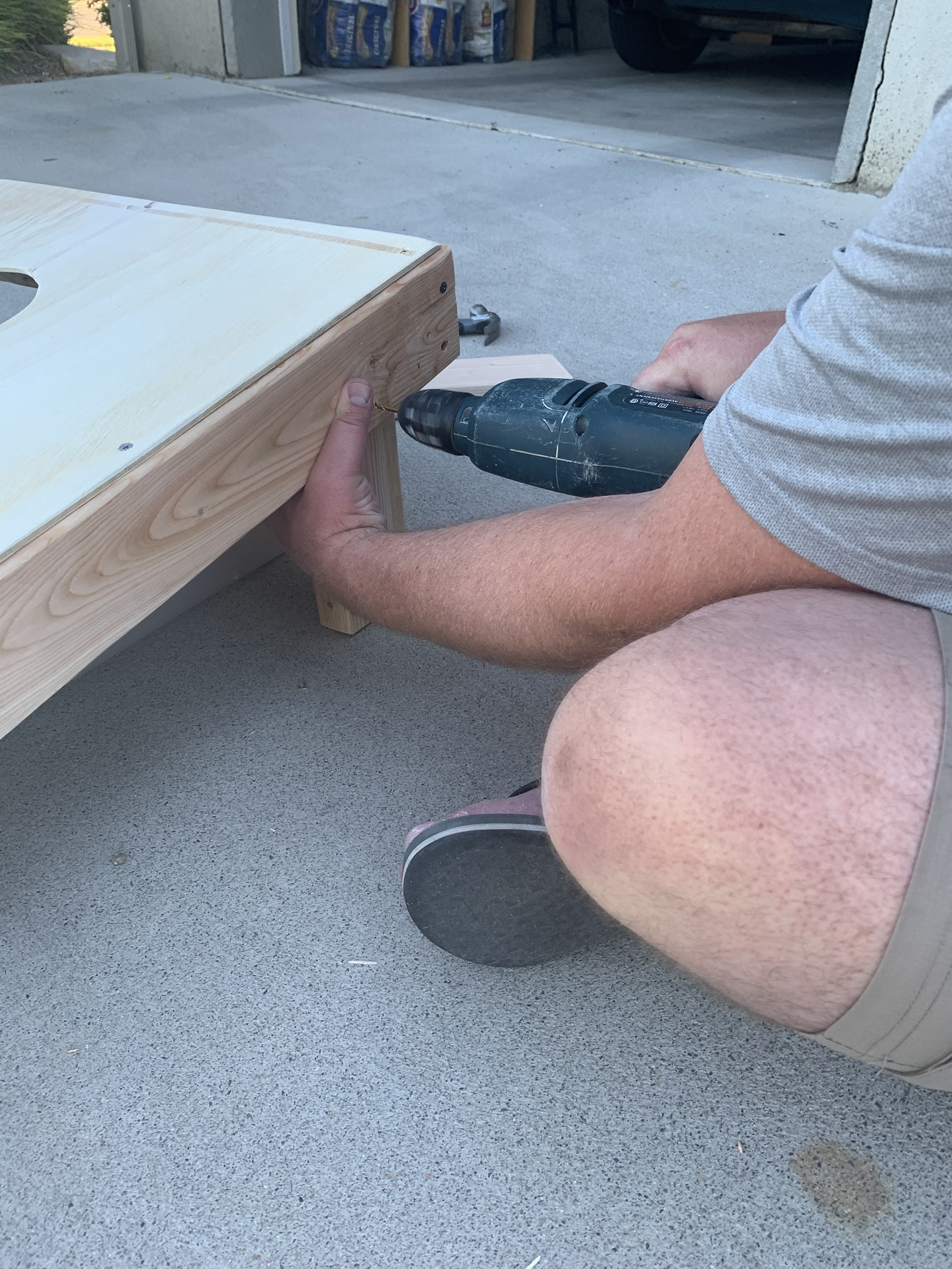 how to build your own cornhole set
