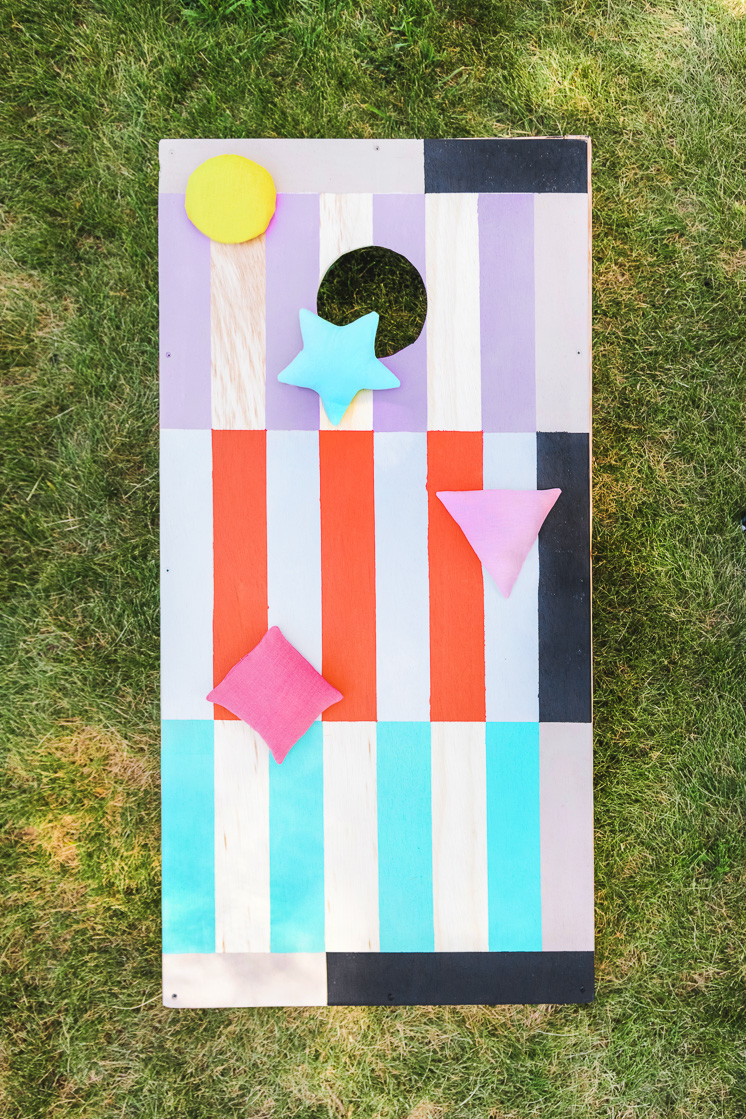 DIY colorful cornhole and bean bag set