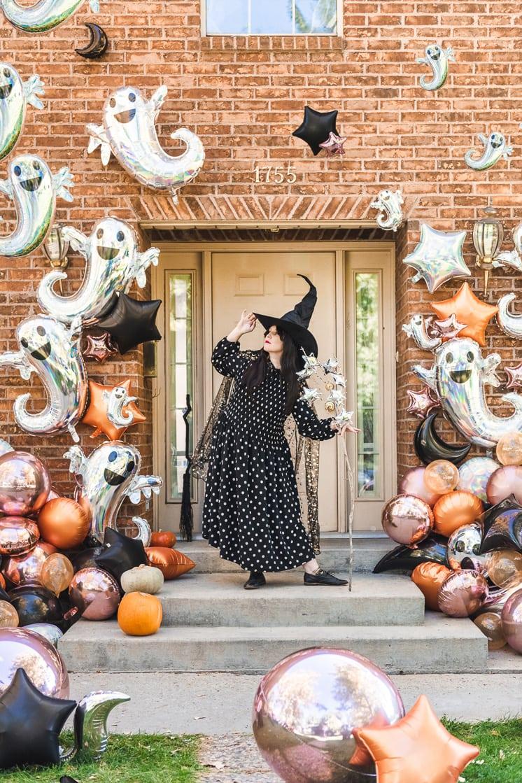 Holographic Ghost Halloween Balloon Installation