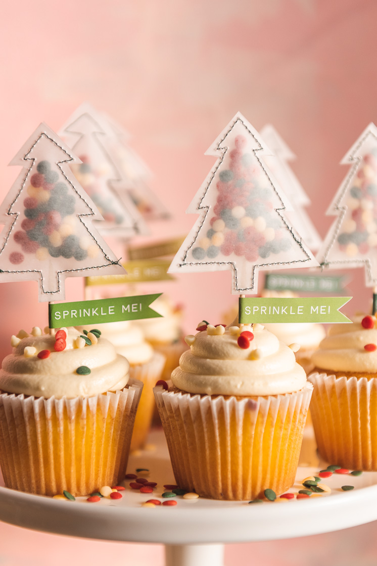 DIY Holiday Sprinkle Me Cupcake Toppers