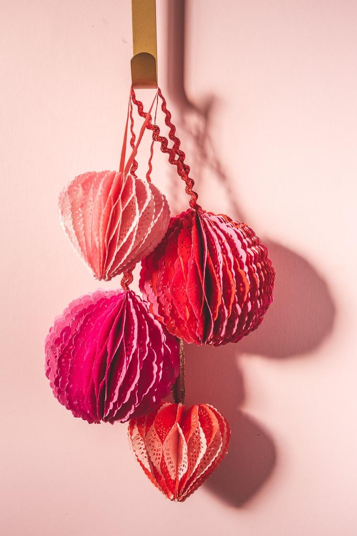 DIY Doily Honeycomb Decorations