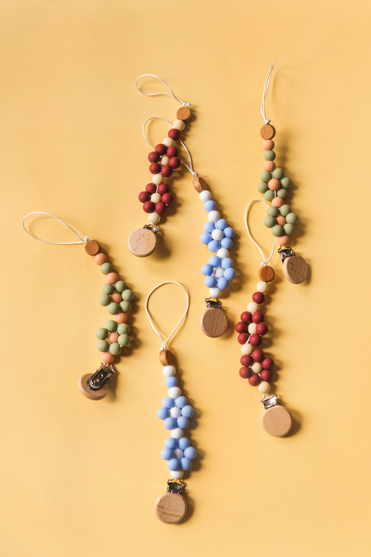 flower beads pacifier clips